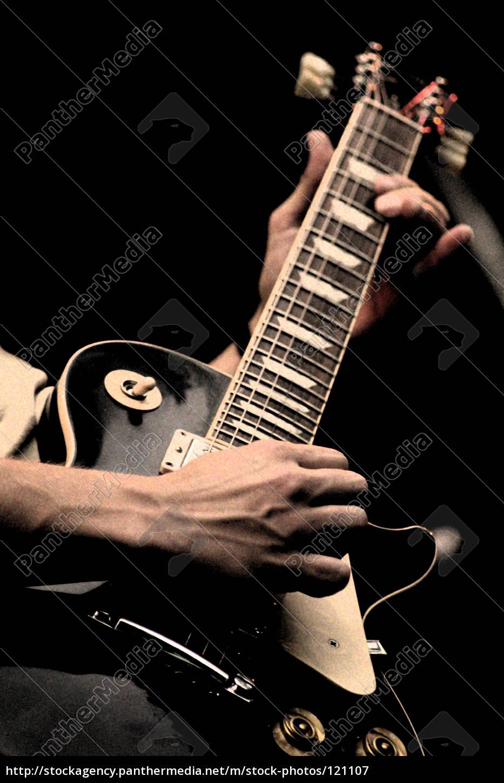 guitar, man, iii - 121107