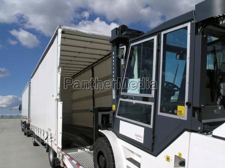logistic, 2 - 135405
