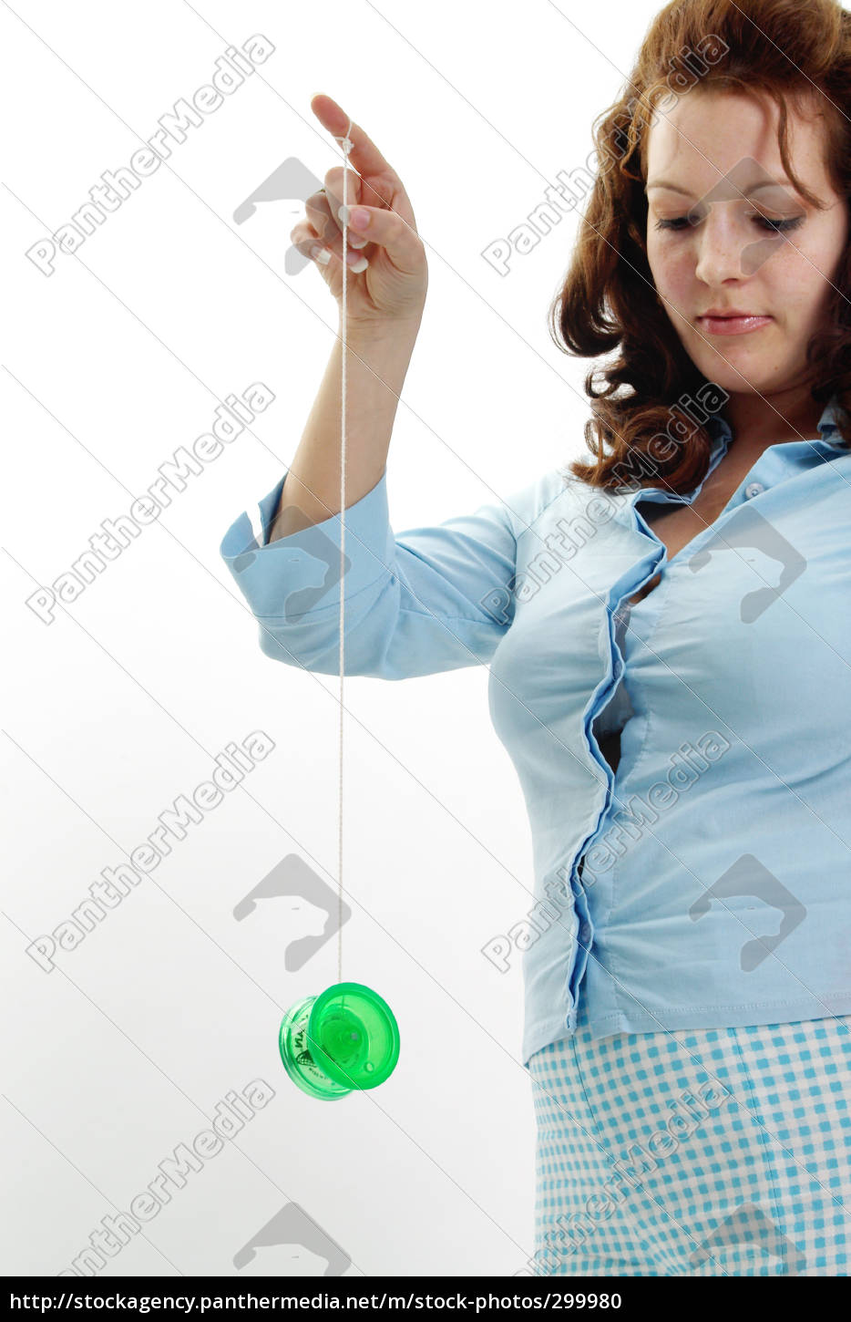 woman, playing, with, yo-yo - 299980