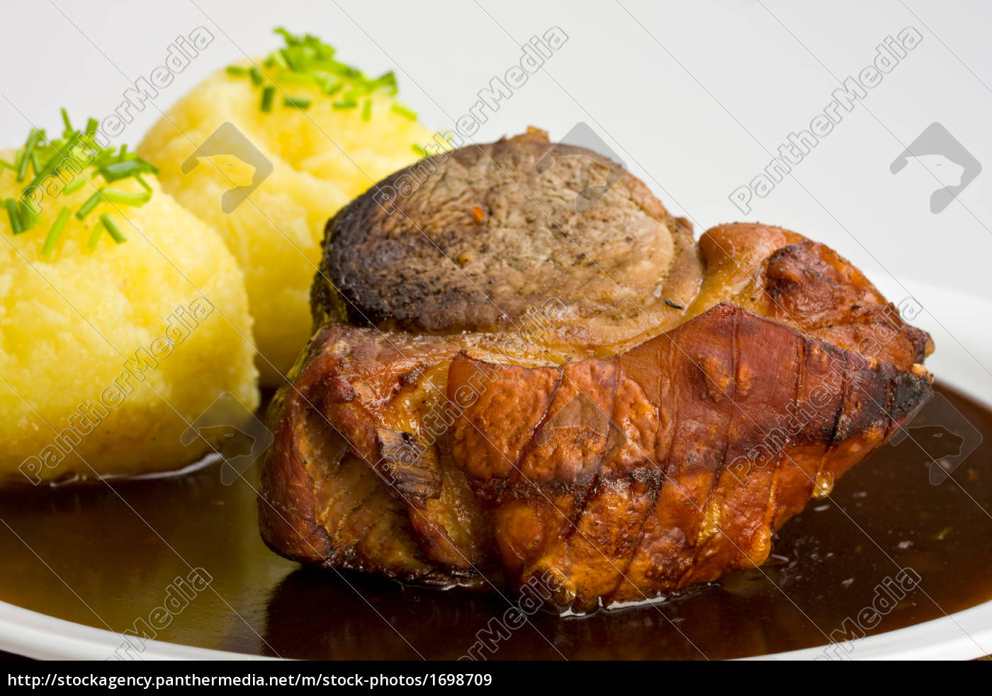 traditional, bavarian, roast, pork, with, dumplings - 1698709