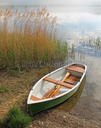 rowing boat idyll salt water sea
