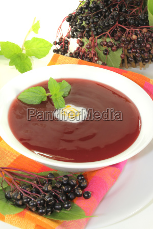 elderberry soup with peppermint