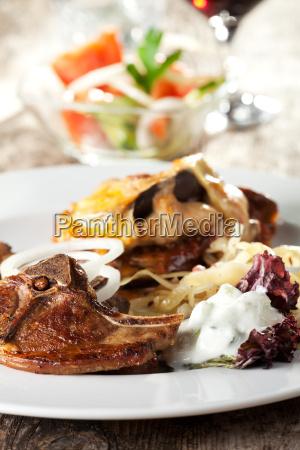 sauce kotelett lamm fleisch lammkotelett tzatziki
