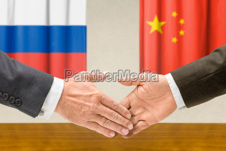 representantes da russia e da china