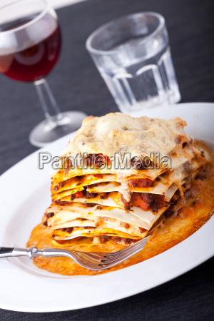 lasagne mit rotwein