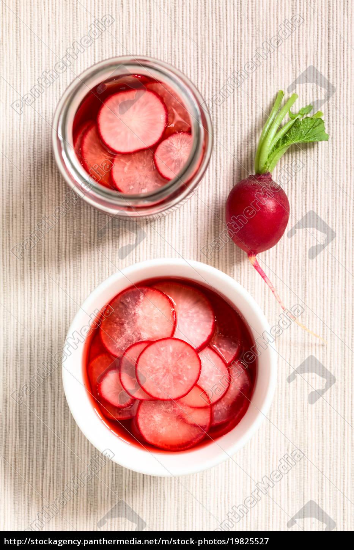 pickled, radishes - 19825527