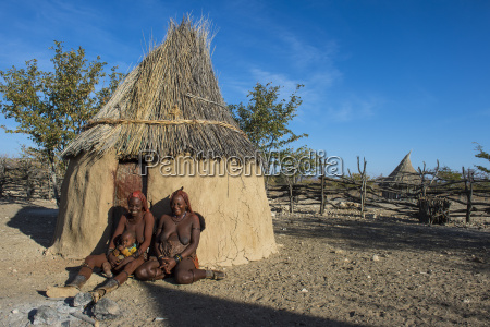 himba women in front of their