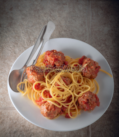 spagetthi and meatballs